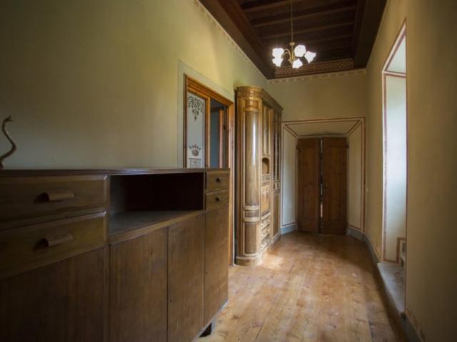 Villa Torre a Soli, disimpegno fra le sale (piano terra)