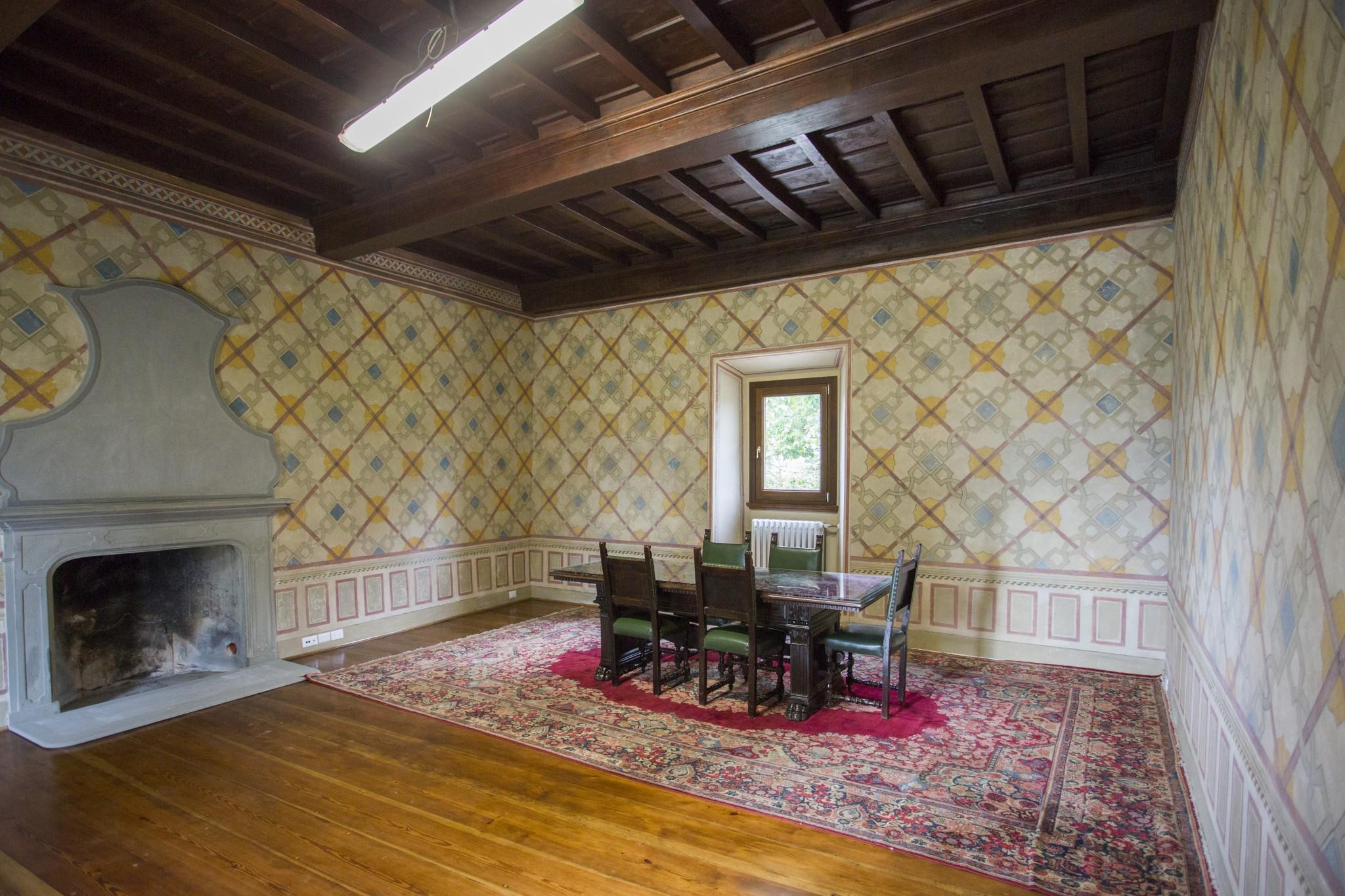 Villa Torre a Soli, salone (piano terra)